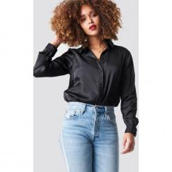 NA-KD Satynowa koszula z długim rękawem - Black. Szare koszule damskie marki NA-KD, z bawełny, z podwyższonym stanem. Za 133,95 zł.