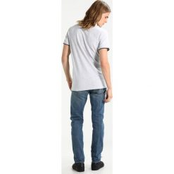 Jeansy męskie regular: Abercrombie & Fitch SLIM MEDIUM DESTROY  Jeansy Slim Fit blue
