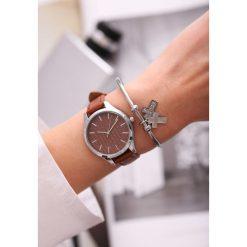 Brązowy Zegarek From Day To Day. Brązowe zegarki damskie other. Za 29,99 zł.
