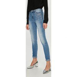 Morgan - Jeansy Paola. Niebieskie jeansy damskie Morgan, z bawełny. W wyprzedaży za 259,90 zł.