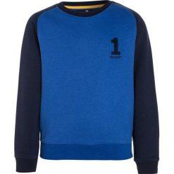 Hackett London NO1 CREW Bluza blue. Niebieskie bluzy chłopięce marki Hackett London, z bawełny. W wyprzedaży za 207,35 zł.