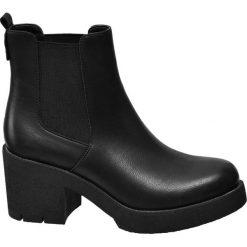 Botki damskie Catwalk czarne. Czarne botki damskie na obcasie Catwalk, z materiału, klasyczne. Za 139,90 zł.