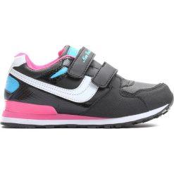 Czarne Buty Sportowe Go Up. Czarne buty sportowe dziewczęce Born2be, z materiału, z okrągłym noskiem. Za 49,99 zł.