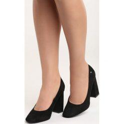 Czarne Czółenka Take No More. Czarne buty ślubne damskie Born2be, na wysokim obcasie, na słupku. Za 69,99 zł.