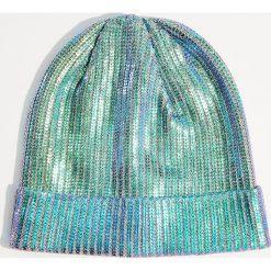 Czapka z metalicznym połyskiem - Niebieski. Niebieskie czapki damskie Mohito. Za 39,99 zł.