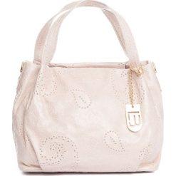 Torebki klasyczne damskie: Skórzana torebka w kolorze jasnoróżowym – 32 x 30 x 18 cm
