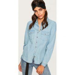 Jeansowa koszula - Niebieski. Niebieskie koszule jeansowe damskie marki Reserved. Za 49,99 zł.