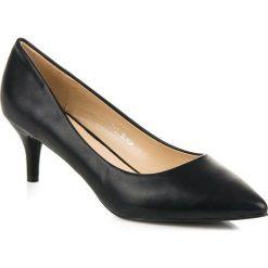 Czarne czółenka na obcasie MERG czarne. Czarne buty ślubne damskie Merg, na obcasie. Za 59,90 zł.