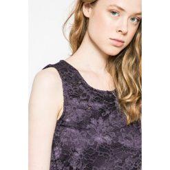 Vero Moda - Sukienka. Niebieskie sukienki koronkowe marki Vero Moda. W wyprzedaży za 69,90 zł.