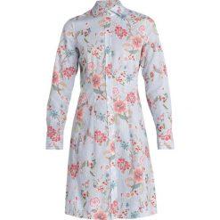 Seidensticker FASHION Sukienka koszulowa blau/bunt. Niebieskie sukienki Seidensticker, z bawełny, z koszulowym kołnierzykiem, koszulowe. W wyprzedaży za 359,20 zł.
