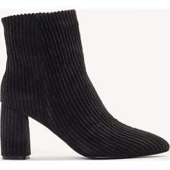 Botki damskie lity: NA-KD Shoes Botki na średnim obcasie Manchester - Black