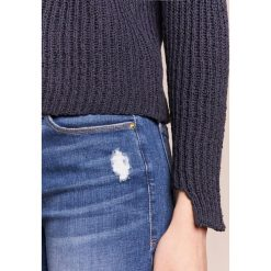 Swetry klasyczne damskie: Won Hundred JASMINA Sweter navy