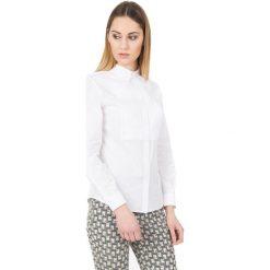 Biała koszula z długim rękawem i kołnierzykiem BIALCON. Białe koszule damskie marki BIALCON, biznesowe, z klasycznym kołnierzykiem, z długim rękawem. W wyprzedaży za 157,00 zł.