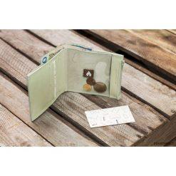 MIDI + / Green - portfel ze skóry. Zielone portfele męskie Pakamera, ze skóry. Za 190,00 zł.