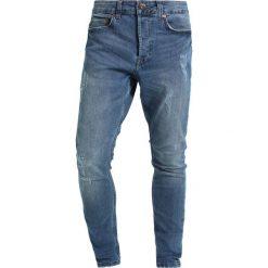 Only & Sons Jeansy Slim Fit light blue denim. Niebieskie jeansy męskie marki Only & Sons. W wyprzedaży za 152,10 zł.