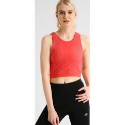 The North Face FLIGHT  Top cayenne red. Różowe topy sportowe damskie marki The North Face, m, z nadrukiem, z bawełny. W wyprzedaży za 209,30 zł.