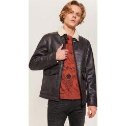 Ocieplana kurtka pilotka - Brązowy. Czarne kurtki męskie marki House, l, z nadrukiem. Za 229,99 zł.