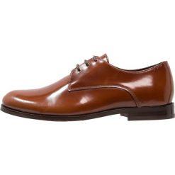 Buty wizytowe męskie: Royal RepubliQ ALIAS CLASSIC DERBY SHOE Eleganckie buty tan