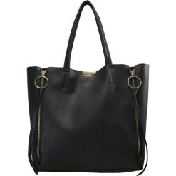 Topshop O RING SIDE ZIP Torba na zakupy black. Czarne torebki klasyczne damskie Topshop. Za 149,00 zł.
