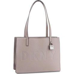 Torebka DKNY - Commuter-Lg Tz Tote R83AA667  Warm Gray WG5. Szare torebki klasyczne damskie DKNY, ze skóry. Za 1069,00 zł.