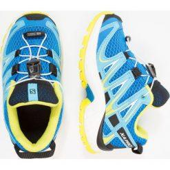 Salomon XA PRO 3D Obuwie do biegania Szlak indigo bunting/white/sulphur spring. Niebieskie buty do biegania damskie marki Salomon, z gumy. Za 259,00 zł.