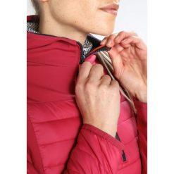 CMP WOMAN FIX HOOD HYBRID JACKET Kurtka hardshell magenta. Czerwone kurtki sportowe damskie marki CMP, z materiału. W wyprzedaży za 375,20 zł.