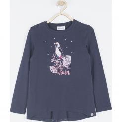 Koszulka. Niebieskie bluzki dziewczęce bawełniane marki SWEET THINGS, z aplikacjami, z długim rękawem. Za 49,90 zł.