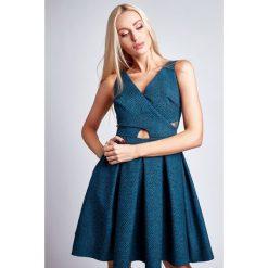 Sukienki hiszpanki: Sukienka rozkloszowana we wzory morska G5011