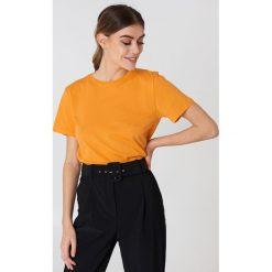 NA-KD Basic T-shirt basic - Orange. Różowe t-shirty damskie marki NA-KD Basic, z bawełny. Za 52,95 zł.