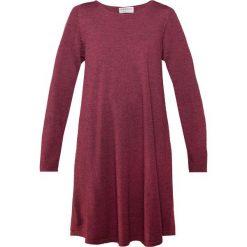 Repeat Sukienka dzianinowa blueberry. Fioletowe sukienki dzianinowe marki Repeat. Za 719,00 zł.