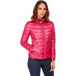 Kurtka puchowa w kolorze fuksji. Czerwone kurtki damskie pikowane marki Snowie Collection, s, z puchu. W wyprzedaży za 159,95 zł.
