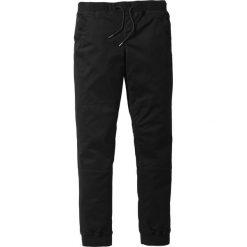 Spodnie z gumką w talii ze stretchem Slim Fit bonprix czarny. Czarne rurki męskie marki bonprix. Za 139,99 zł.