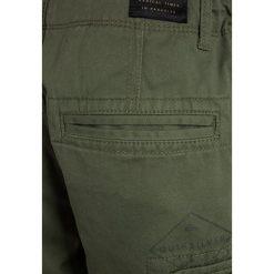 Quiksilver Bojówki olive. Niebieskie jeansy chłopięce marki Quiksilver, l, narciarskie. Za 169,00 zł.