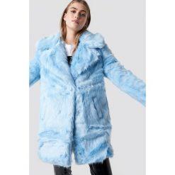 Glamorous Płaszcz Fluffy - Blue. Niebieskie płaszcze damskie pastelowe Glamorous, z futra. Za 607,95 zł.