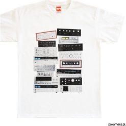 Koszulka WZMACNIACZE tshirt. Czarne t-shirty męskie marki Pakamera, m, z kapturem. Za 77,00 zł.
