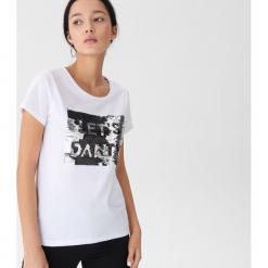 T-shirt z cekinami - Biały. Czarne t-shirty damskie marki Reserved, l. Za 39,99 zł.