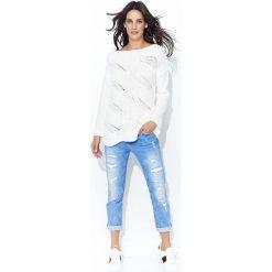 Swetry klasyczne damskie: Ecru Klasyczny Sweter w Łódkę z Ażurowym Przodem