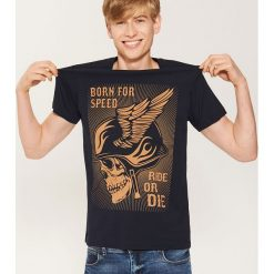 T-shirt z motocyklowym motywem - Granatowy. Niebieskie t-shirty męskie House, l. Za 39,99 zł.