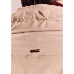 Płaszcze damskie pastelowe: Bogner MAIA Krótki płaszcz desert