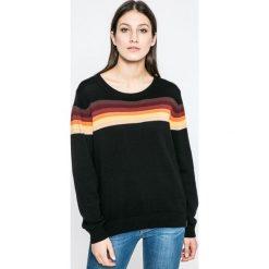 Wrangler - Sweter. Szare swetry klasyczne damskie marki Wrangler, na co dzień, m, z nadrukiem, casualowe, z okrągłym kołnierzem, mini, proste. W wyprzedaży za 169,90 zł.