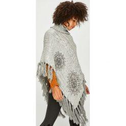 Desigual - Sweter. Szare swetry klasyczne damskie marki Desigual, l, z tkaniny, casualowe, z długim rękawem. W wyprzedaży za 299,90 zł.