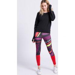 Reebok - Bluza. Czarne bluzy sportowe damskie marki Cardio Bunny, s, z nadrukiem, z bawełny, bez kaptura. W wyprzedaży za 119,90 zł.