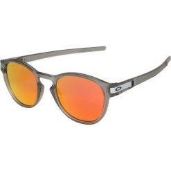 Oakley LATCH Okulary przeciwsłoneczne grey ink/ruby iridium. Szare okulary przeciwsłoneczne damskie lenonki marki Oakley. Za 599,00 zł.