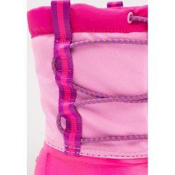 Crocs SWIFTWATER WATERPROOF  Kozaki party pink/candy pink. Czarne buty zimowe damskie marki Crocs, z materiału. W wyprzedaży za 153,45 zł.