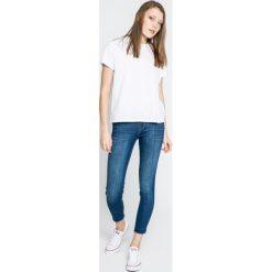 Lee - Jeansy Scarlett High. Niebieskie jeansy damskie rurki marki House, z jeansu. W wyprzedaży za 219,90 zł.