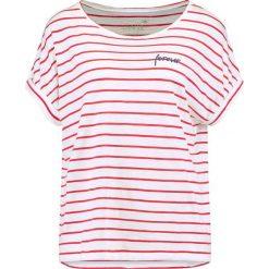 Juvia FOREVER STRIPE TEE Tshirt z nadrukiem white chilli. Czerwone t-shirty damskie Juvia, xs, z nadrukiem, z bawełny. Za 359,00 zł.