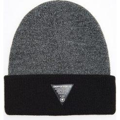 Czapka - Czarny. Czarne czapki męskie Cropp. Za 39,99 zł.