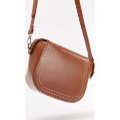 Torebka z regulowanym paskiem - Pomarańczo. Szare torebki klasyczne damskie Reserved. Za 99,99 zł.