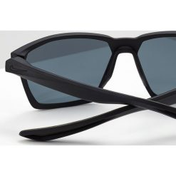 Nike Vision MAVERICK Okulary przeciwsłoneczne matte black/grey. Szare okulary przeciwsłoneczne męskie aviatory Nike Vision. W wyprzedaży za 399,20 zł.