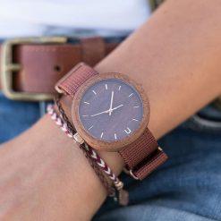 Zegarek Neat Zegarek damski New Hoop drewniany sapelli brązowo-złoty 38mm. Brązowe zegarki damskie Neat, złote. Za 324,00 zł.